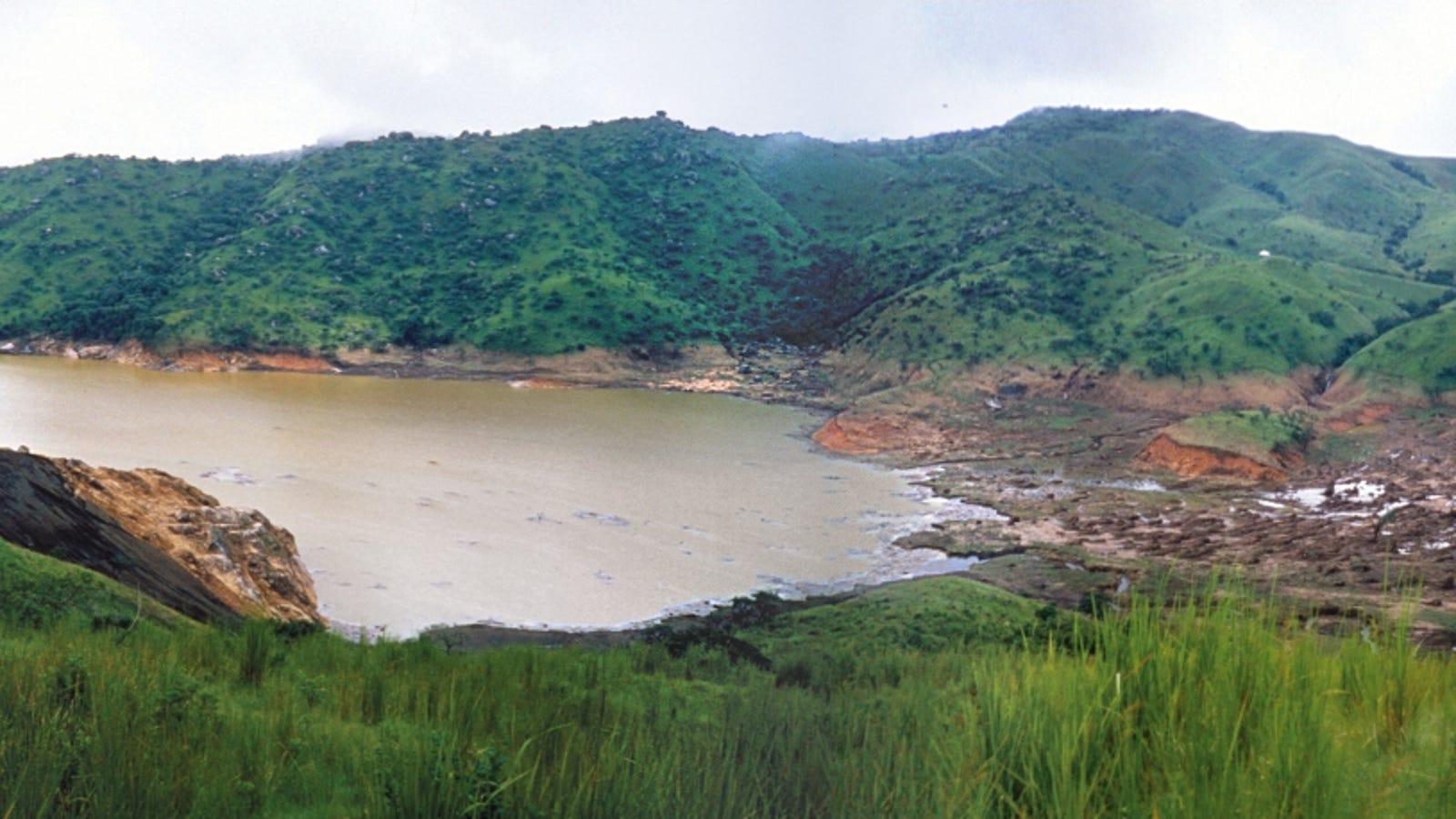 Este pequeño lago mató a más de 1.700 personas en una sola noche, y todavía no sabemos por qué