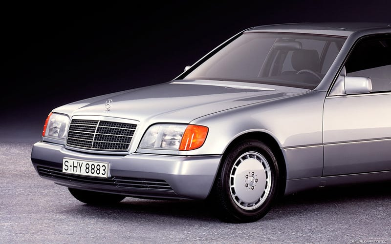 Illustration for article titled What Is This Alternate 1991 Mercedes-Benz S-Class Design Trying To Hide?