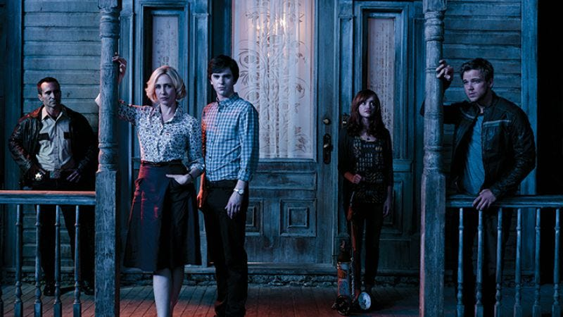 Illustration for article titled Bates Motel will get a third season of motel-related antics