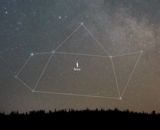 Illustration for article titled Nova in Sagittarius Is Brighter Than Ever - Catch It With The Naked Eye!