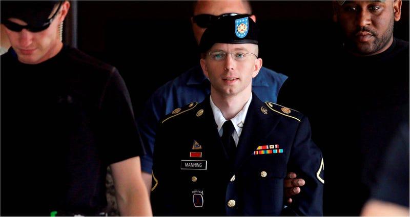 """Illustration for article titled Bradley Manning: """"hemos olvidado nuestra humanidad"""""""