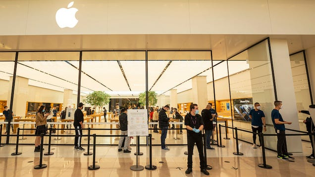 You Know the Pandemic s Getting Worse if Apple s Closing Its Stores En Masse Again