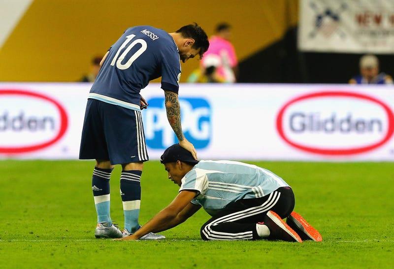 The Lionel Messi Appreciation Thread & Fan Club III - Page 3 Zrhbsckeyqnoasdufmam