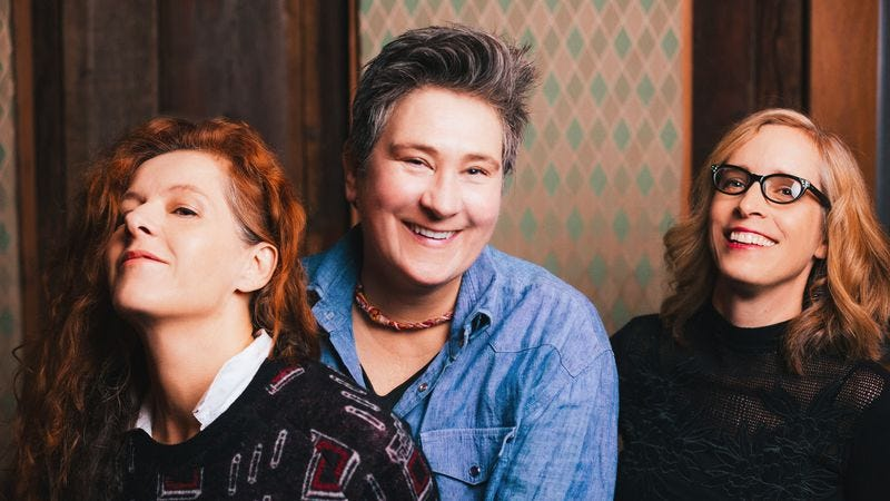 Illustration for article titled Neko Case, k.d. lang, and Laura Veirs team up for new album, tour