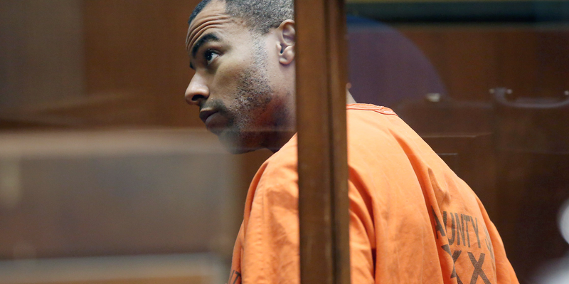Illustration for article titled Darren Sharper Plans To Strike Plea Deal In All His Rape Cases Monday