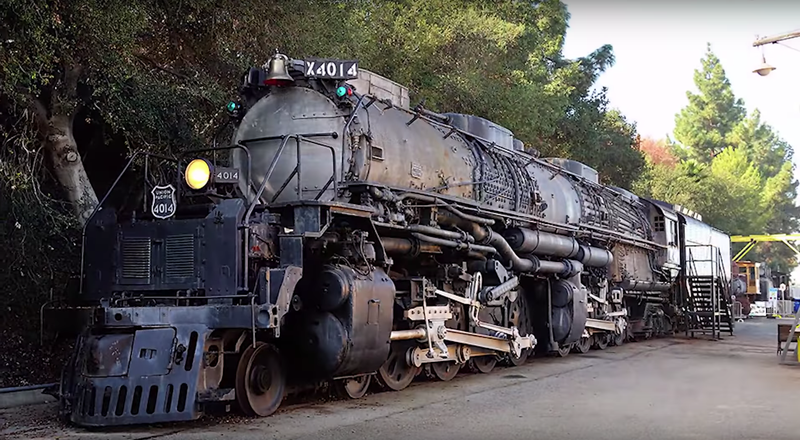 The Biggest Steam Engine In The World Just Moved Under Its Own Power