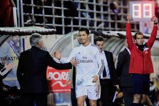 Illustration for article titled Még egy lépést tettünk a Real Madrid–Bayern München szuperdöntő felé