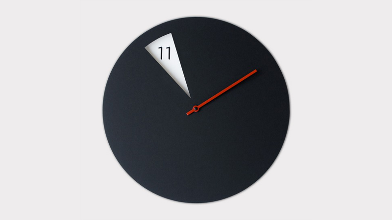 Illustration for article titled A Beautiful Analog Clock for Dummies Who Are Bad at Telling Time