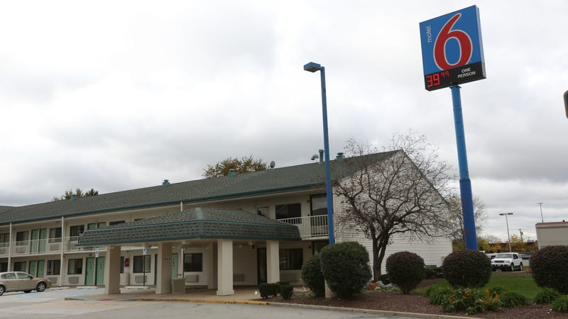Motel 6 is apparently calling ICE on undocumented guests