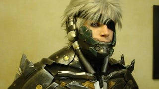 Raiden Cosplayer Can Be Easily Confused With Actual Raiden