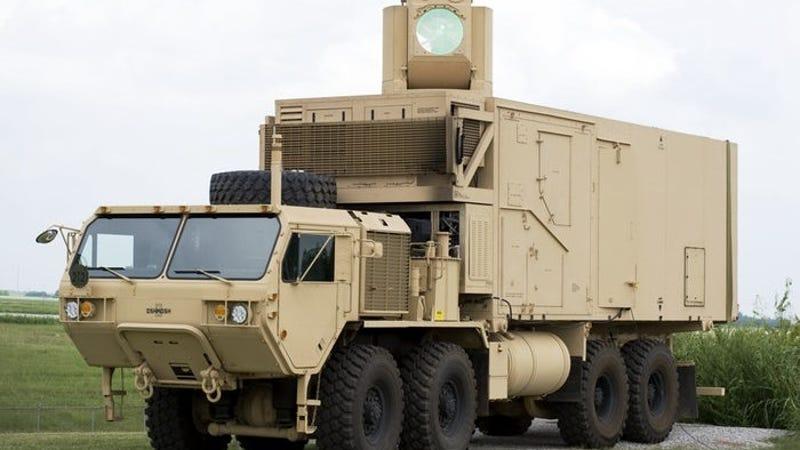 La Armada de Estados Unidos trabaja en armas láser tan potentes como para derribar aviones