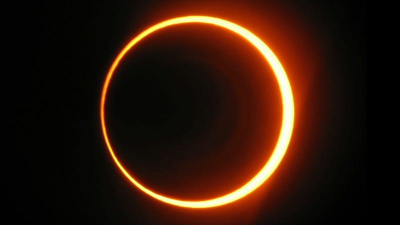 "Illustration for article titled Everything you need to know to catch Sunday's rare ""ring of fire"" eclipse"