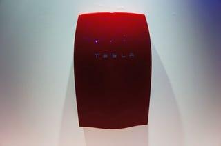 Illustration for article titled Las baterías de Tesla no son, probablemente, el milagro que esperabas