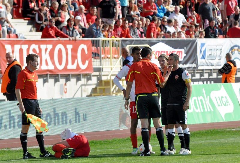 Illustration for article titled Megbotránkoztató, gyalázkodó rigmusokat kiabáltam egy focimeccsen