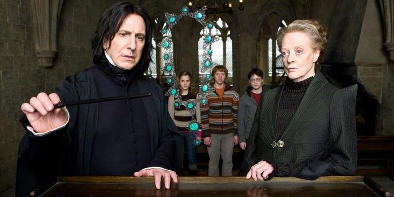 Illustration for article titled J.K. Rowling pide disculpas 10 años tarde por la muerte de uno de los personajes más queridos de Harry Potter