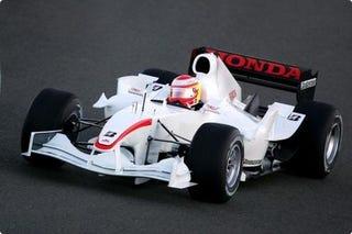 Illustration for article titled Takuma Sato's Super Aguri F1 Car Sells For $150,000