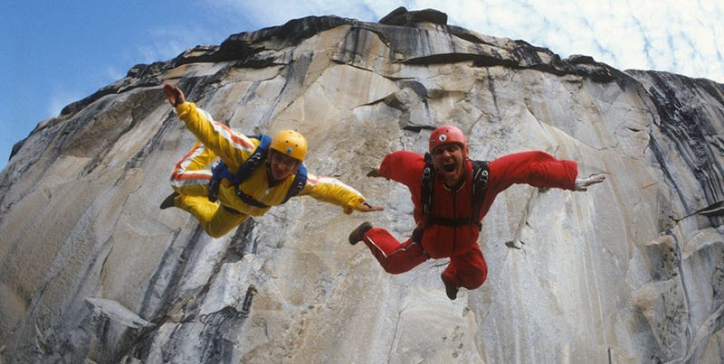 Illustration for article titled Sunshine Superman Review: An Exhilarating BASE Jumping Origin Story
