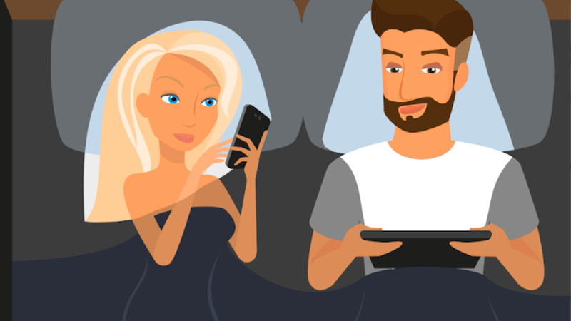 Illustration for article titled Facebook Braggers Are the Least Secure In Their Relationships