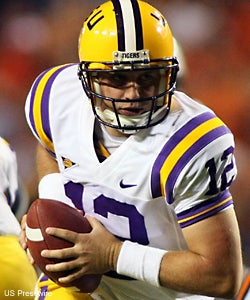 Illustration for article titled LSU Finds Its New (Unlikely) Hero at QB, Downs Auburn