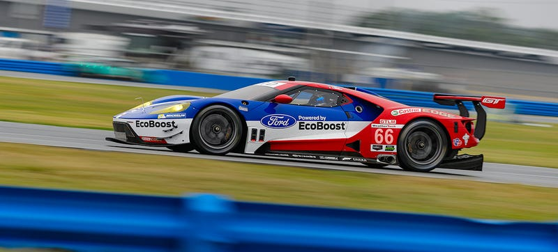 Illustration for article titled Ford GTs Suffer Teething Issues At First Race