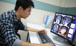 Illustration for article titled Científicos descubren por qué el cerebro de Einstein era único