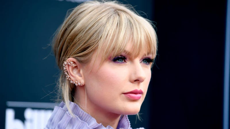 Illustration for article titled Taylor Swift Is Not Happy Her Entire Catalog Was Sold to 'Manipulative, Bullying' Scooter Braun