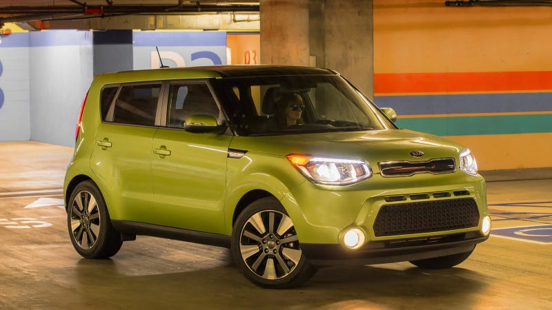 Illustration for article titled 2013 Kia Soul Urban Passenger Vehicle Lights Up San Diego's Scenic Roads