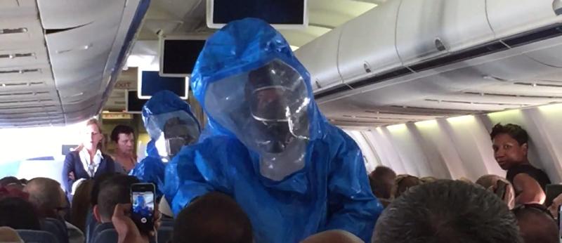 Illustration for article titled Por qué no debes bromear sobre el ébola, y menos si subes a un avión
