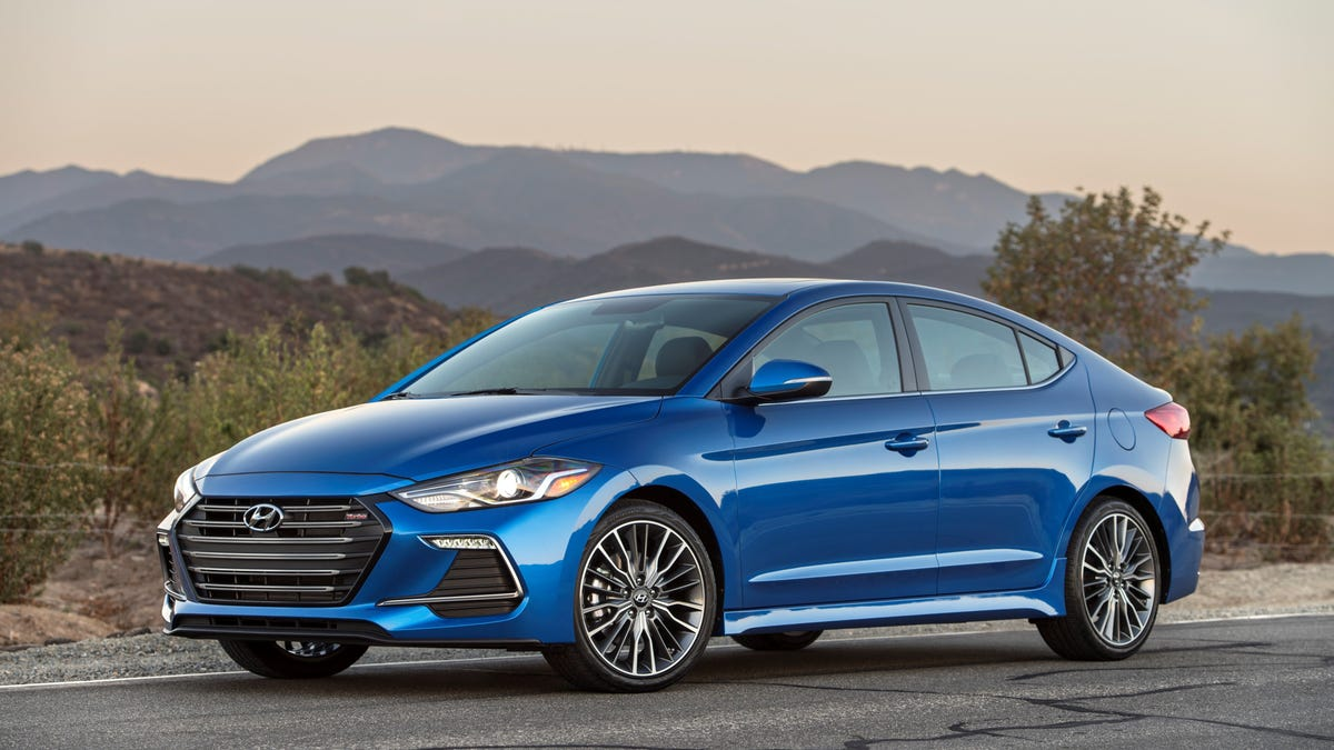 2017 Hyundai Elantra Sport: The Jalopnik Review