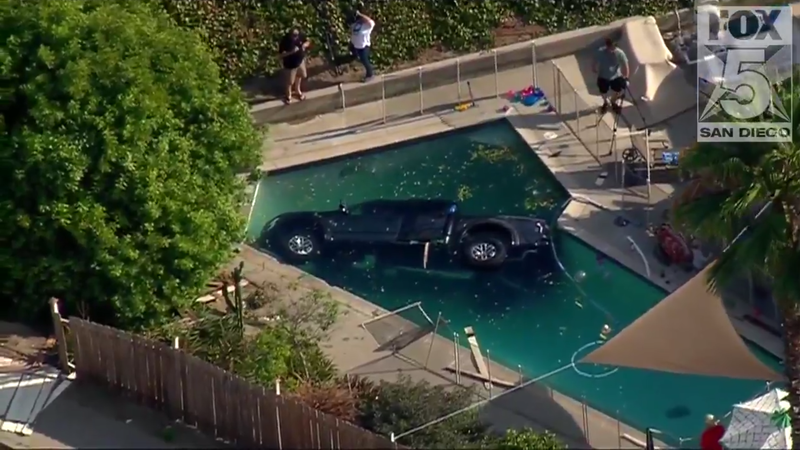 Illustration for article titled Ford Raptor Crashes Into Swimming Pool Despite Childproof Fencing