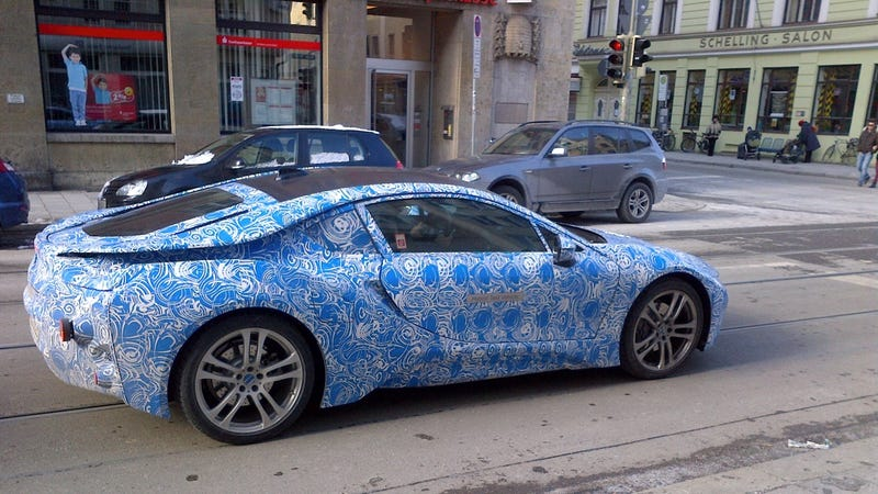 Jalopnik Reader Balazs Hornok Snapped BMWs Plug In Hybrid I8 Prototype Trippy Van Gogh Camo A Few Blocks From Munichs Main Railway Station