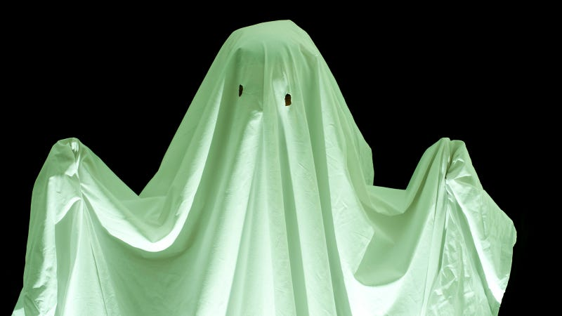 Pictured: A ghost. Image: Creepyhalloweenimages.com