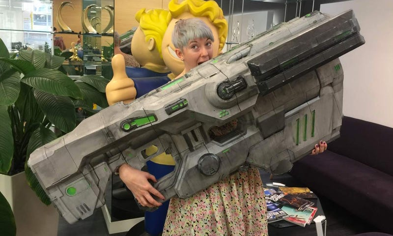 Illustration for article titled A Real-Life Version of Doom's BFG Reveals Just How Gigantic It Really Is