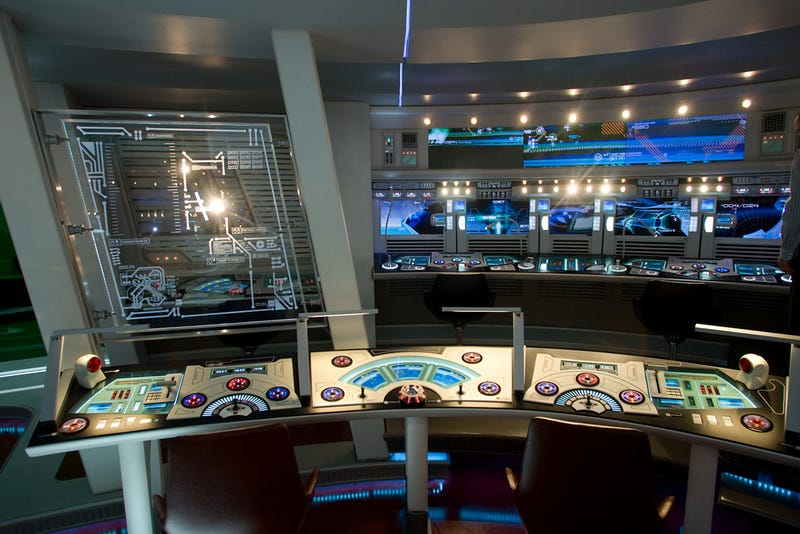Illustration for article titled Exclusive never-before-seen photos from inside J.J. Abrams' Enterprise