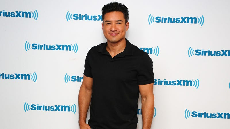 "Illustration for article titled UPDATE: Mario Lopez calls his previous comments on trans kids ""ignorant and insensitive"""