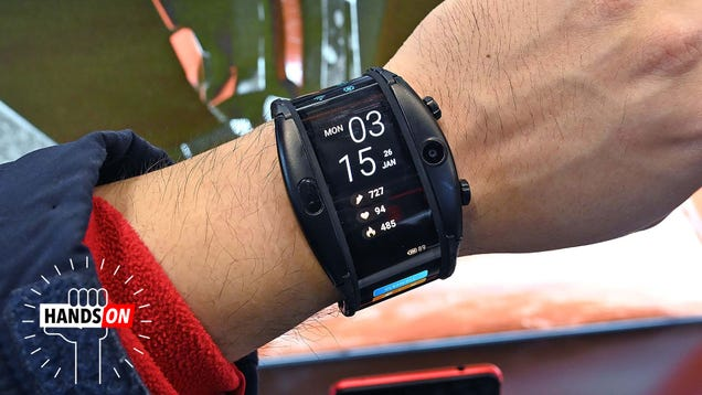 This Bendy Smartphone-Watch Hybrid Actually Isn t as Silly as It Looks