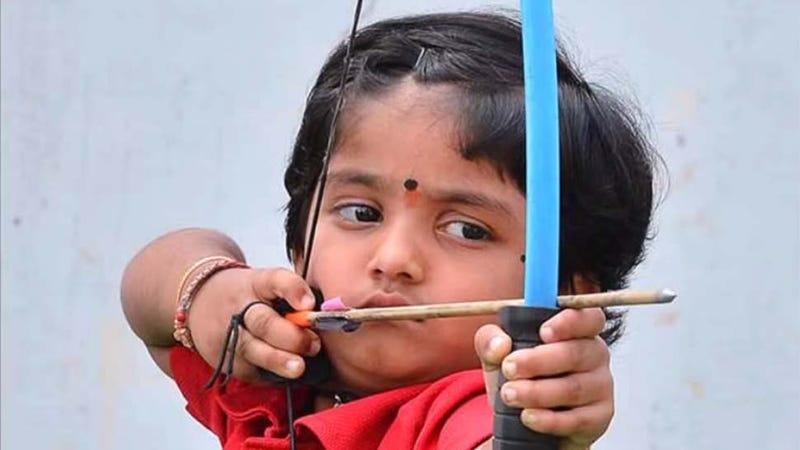 Indische Mädchen mit Arsch