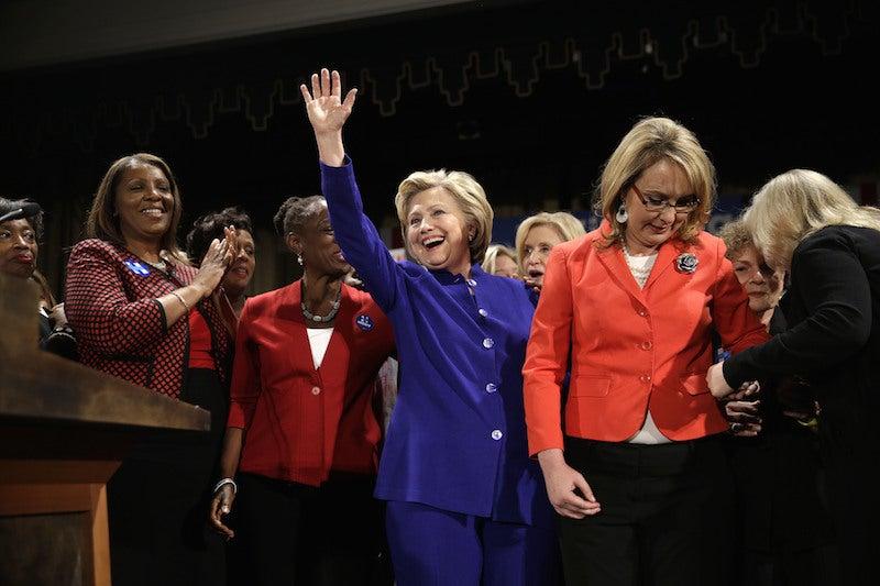 Bill and Hillary Clinton React to Loretta Lynch Meeting
