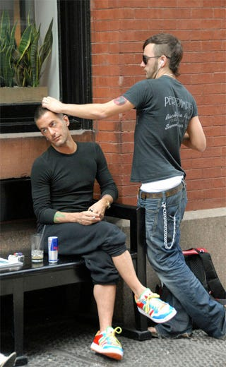 Illustration for article titled Marc Jacobs' Boyfriend Gives Him Much-Needed Blow To The Head