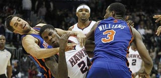 Illustration for article titled Here's Some Nut-Grabbing Video From Last Night's Knicks/Hawks Fights