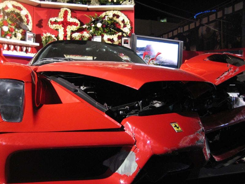 Illustration for article titled How Eddie Griffin Destroyed The Economy By Crashing A Ferrari Enzo