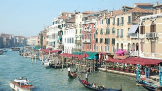 Illustration for article titled Venice is sinking faster than we originally thought