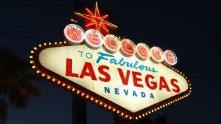 Illustration for article titled Groupon Deal Strands Customers In Vegas