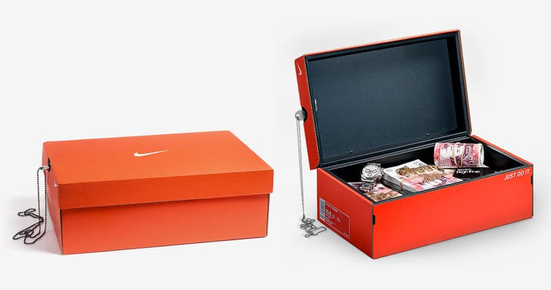 Illustration for article titled This Nike Shoebox Is Actually a Secret Safe