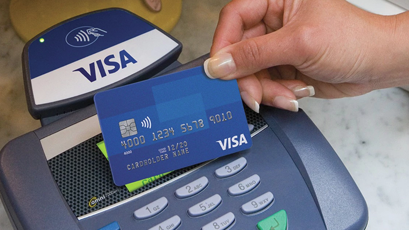 Illustration for article titled Massive Network Crash Temporarily Renders Visa CardsUseless in UK and Europe