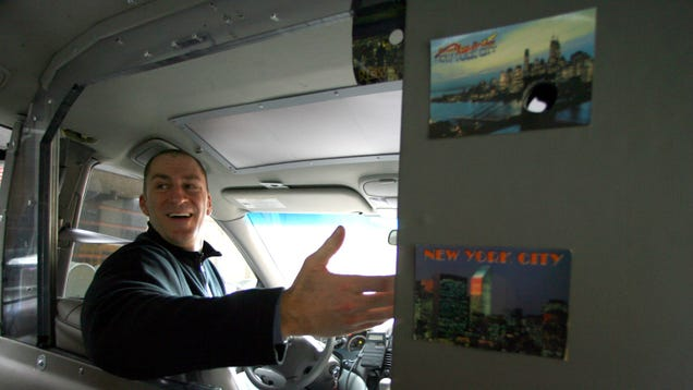 Cash Cab Is Coming Back to Taunt Cab-Taking New Yorkers With the Hope of Late-Night Cash