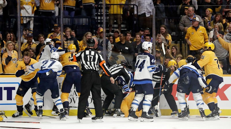 Illustration for article titled The Jets And Predators Are Brawling