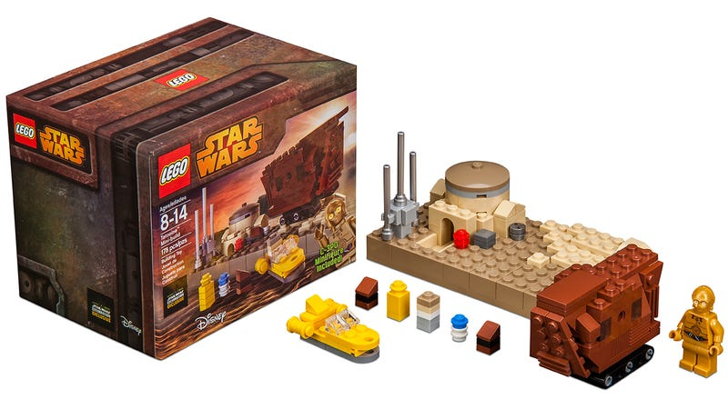 Illustration for article titled Lego's tiny Tatooine playset includes an adorable mini Sandcrawler
