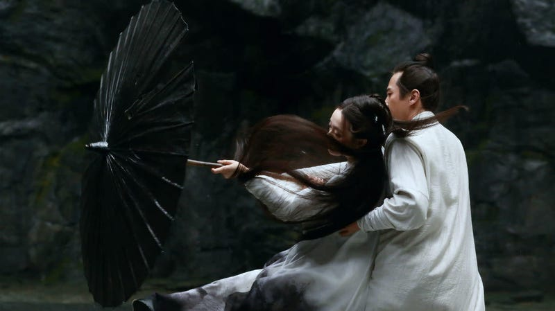 Illustration for article titled Hero director Zhang Yimou finds beauty in opposites in the visually stunning Shadow