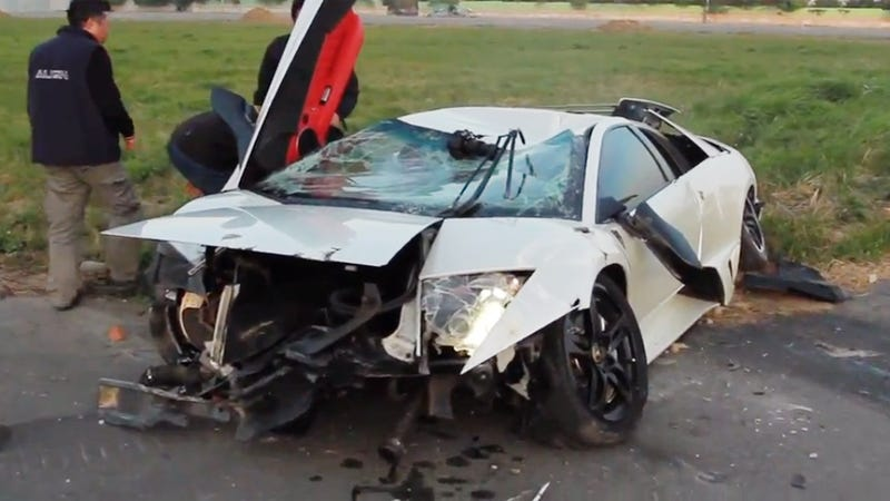 Illustration for article titled Lamborghini Crashes After Racing An R/C Helicopter